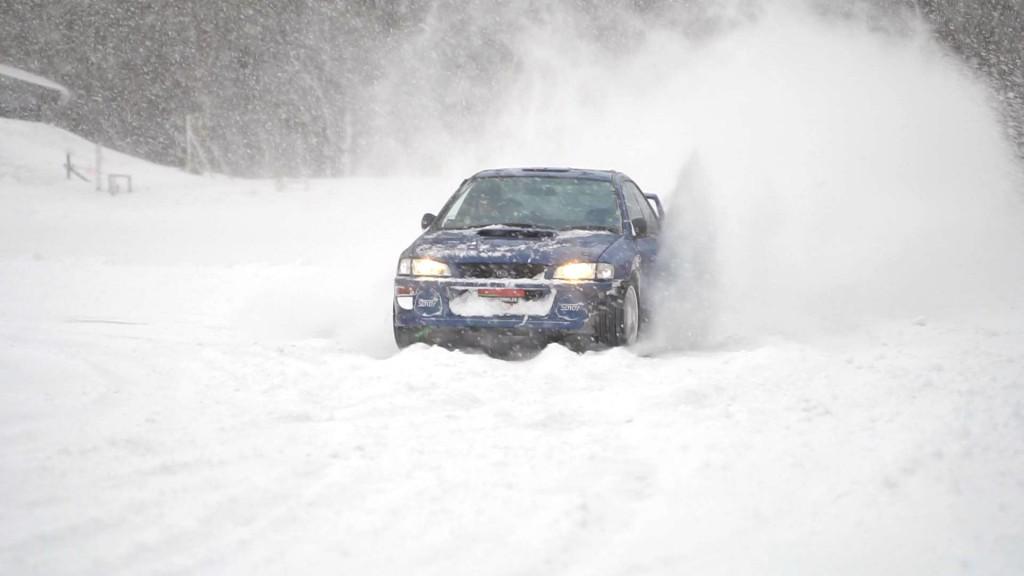 氷上走行会 北海道 苫小牧