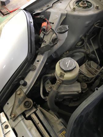 トヨタMR-S ヘッドライトLEDキット取付け