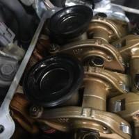 三菱 パジェロミニH58A タペットカバーパッキンオイル漏れ修理