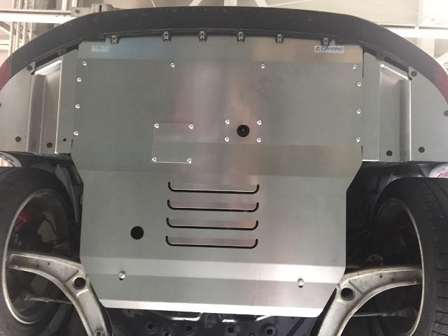 ランサー エボ10アンダーパネル