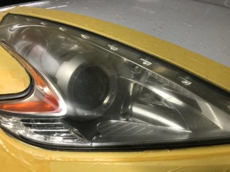 ニッサン Z34 ヘッドライト磨き