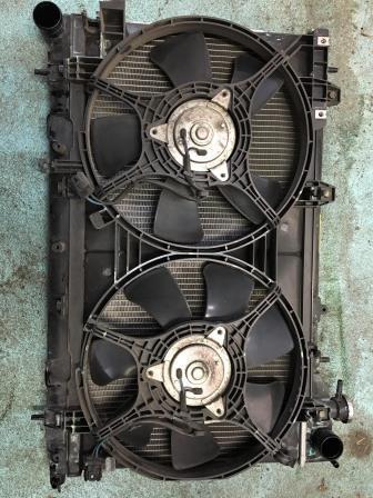 スバル フォレスターSG5 ラジエーター交換