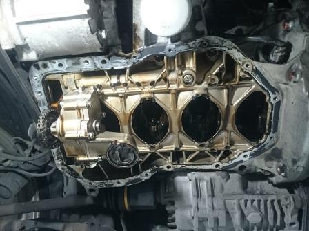 ランサーエボリューション10 CZ4A オイル漏れ 修理