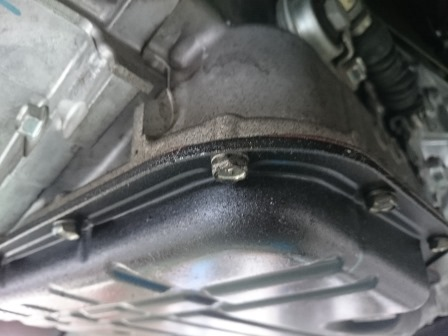 GTNET札幌 レガシィB4 BMG CVTオイルパン 漏れ修理